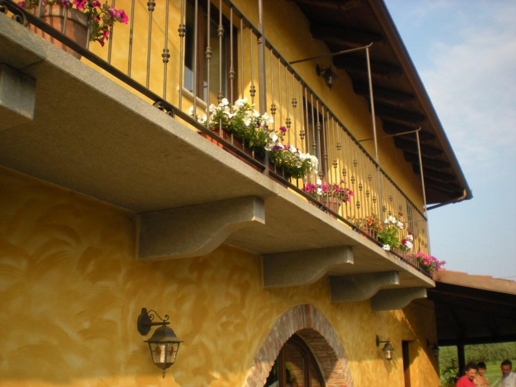 balconi e modiglioni1